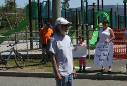 Wally Samuel speaks about health and his grandson's efforts on May 7 in front of Haahuupayak school.